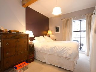 """Photo 8: 408 1655 NELSON Street in Vancouver: West End VW Condo for sale in """"HEMPSTEAD MANOR"""" (Vancouver West)  : MLS®# V944845"""