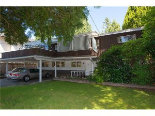 """Photo 2: 3575 W 49TH Avenue in Vancouver: Southlands House for sale in """"Southlands"""" (Vancouver West)  : MLS®# V1084209"""