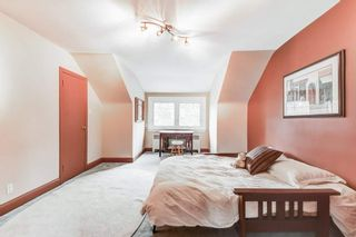 Photo 18: 50 S Grenview Boulevard in Toronto: Stonegate-Queensway House (1 1/2 Storey) for sale (Toronto W07)  : MLS®# W5323220
