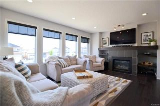 Photo 4: 39 Copperfield Bay in Winnipeg: Bridgwater Forest Residential for sale (1R)  : MLS®# 1813994
