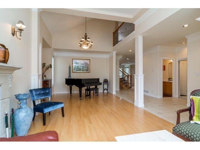 Photo 5: Photos: 11127 156A Street in Surrey: Fraser Heights House for sale (North Surrey)  : MLS®# R2071539