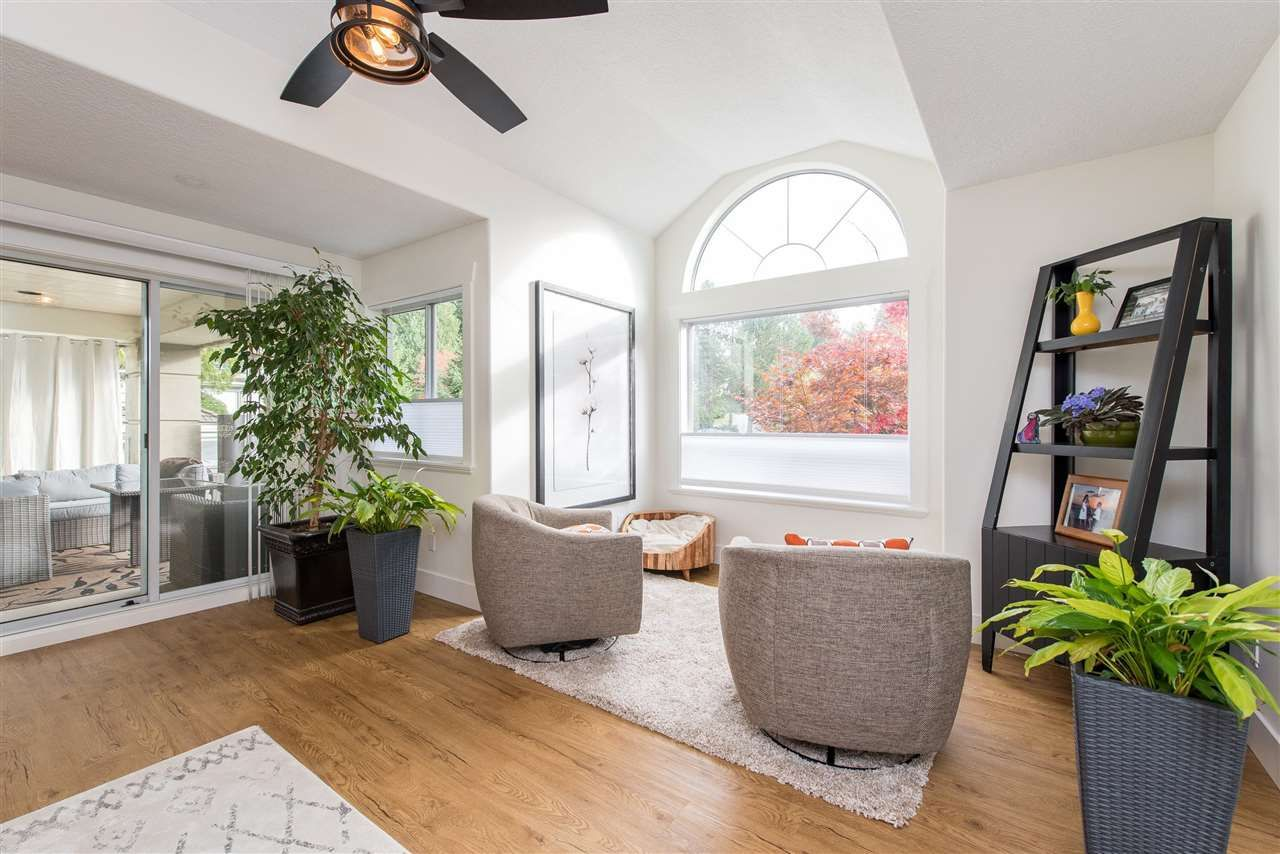 """Photo 9: Photos: 62 4001 OLD CLAYBURN Road in Abbotsford: Abbotsford East Townhouse for sale in """"CEDAR SPRINGS"""" : MLS®# R2513100"""