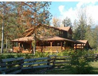 Photo 1: 127 CLARK RD in Gibsons: Gibsons & Area House for sale (Sunshine Coast)  : MLS®# V561909
