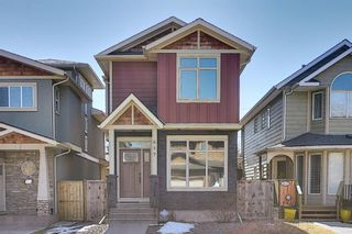 Main Photo: 617 25 Avenue NE in Calgary: Winston Heights/Mountview Detached for sale : MLS®# A1092471