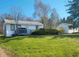 Photo 2: 7329 East Bay Highway in Big Pond: 207-C. B. County Residential for sale (Cape Breton)  : MLS®# 202122939