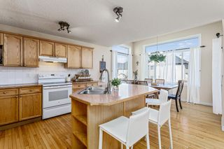 Photo 8: 403 Cresthaven Place SW in Calgary: Crestmont Detached for sale : MLS®# A1101829