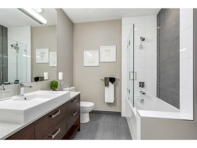 Photo 14: Photos: 1264 LANGDALE DR in North Vancouver: Canyon Heights NV House for sale : MLS®# V1100914