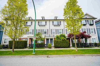 """Photo 1: 39 18983 72A Avenue in Surrey: Clayton Townhouse for sale in """"Kew"""" (Cloverdale)  : MLS®# R2577915"""