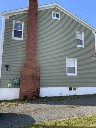 Photo 2: 379 Smith Street in New Waterford: 204-New Waterford Residential for sale (Cape Breton)  : MLS®# 202022300
