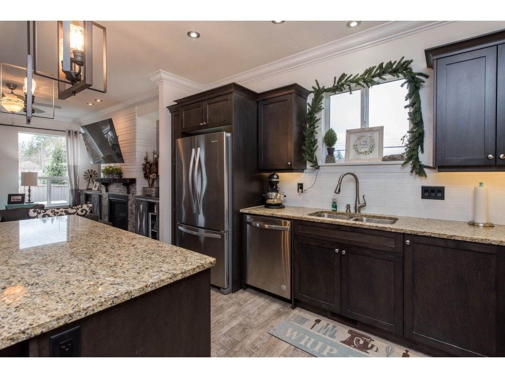 Photo 12: Photos: 16 44849 ANGLERS Boulevard in Chilliwack: Vedder S Watson-Promontory Townhouse for sale (Sardis)  : MLS®# R2536060