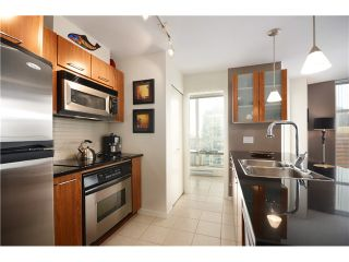 "Photo 2: # 2202 1199 SEYMOUR ST in Vancouver: Downtown VW Condo for sale in ""BRAVA"" (Vancouver West)  : MLS®# V1033200"