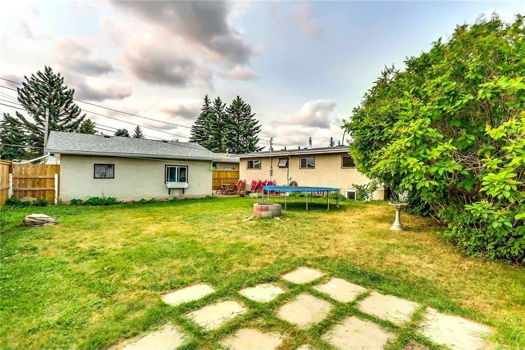 Photo 26: Photos: 824 MATADOR Crescent NE in Calgary: Mayland Heights House for sale : MLS®# C4131129