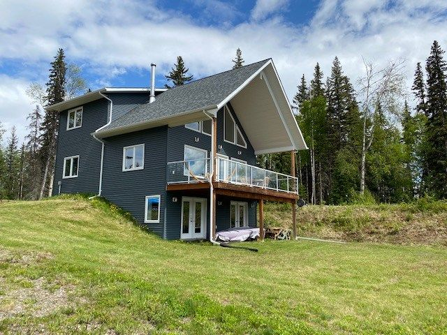 Main Photo: 41275 CHIEF LAKE Road in Prince George: Nukko Lake House for sale (PG Rural North (Zone 76))  : MLS®# R2448187