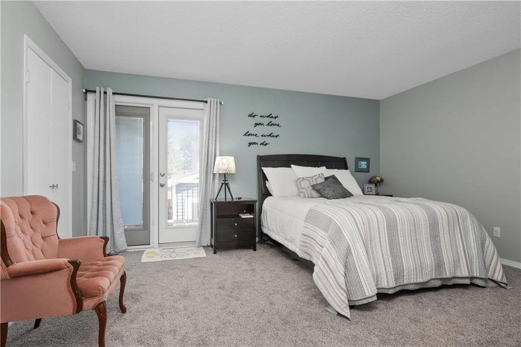 Photo 9: Photos: 57 Maitland Drive in Winnipeg: River Park South Residential for sale (2F)  : MLS®# 202116351
