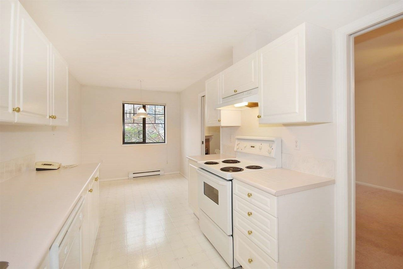 """Photo 6: Photos: 306 102 BEGIN Street in Coquitlam: Maillardville Condo for sale in """"CHATEAU D'OR"""" : MLS®# R2015247"""