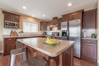 """Photo 3: 27723 LANTERN Avenue in Abbotsford: Aberdeen House for sale in """"West Abby Station"""" : MLS®# R2462158"""