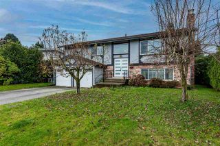 Photo 3: 2133 LONSDALE Crescent in Abbotsford: Abbotsford West House for sale : MLS®# R2516695