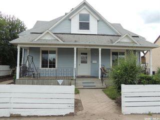 Photo 1: 1022 3rd Street in Estevan: City Center Residential for sale : MLS®# SK780043