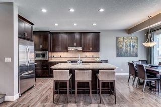 Photo 8: 173 WEST COACH Place SW in Calgary: West Springs Detached for sale : MLS®# C4248234