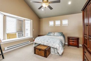 """Photo 11: 17968 71A Avenue in Surrey: Cloverdale BC House for sale in """"Provinceton"""" (Cloverdale)  : MLS®# R2492909"""