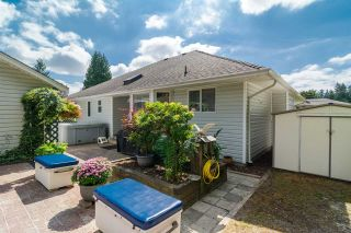 Photo 4: 931 COTTONWOOD Avenue in Coquitlam: Coquitlam West House for sale : MLS®# R2199150