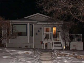 Photo 1: 1312 48 Avenue NW in CALGARY: North Haven Residential Detached Single Family for sale (Calgary)  : MLS®# C3455289