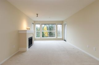 """Photo 4: 203 1330 GENEST Way in Coquitlam: Westwood Plateau Condo for sale in """"The Lanterns"""" : MLS®# R2518234"""