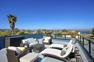 Photo 10: Townhouse for sale : 3 bedrooms : 1734 La Playa in San Diego