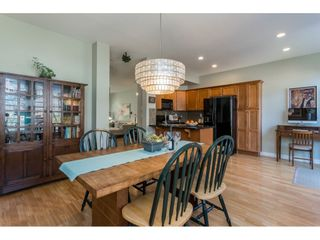 """Photo 7: 6968 179A Street in Surrey: Cloverdale BC Condo for sale in """"The Terraces"""" (Cloverdale)  : MLS®# R2364563"""