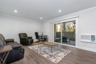 Photo 2: LA JOLLA Condo for sale : 1 bedrooms : 8541 Villa La Jolla Dr #A