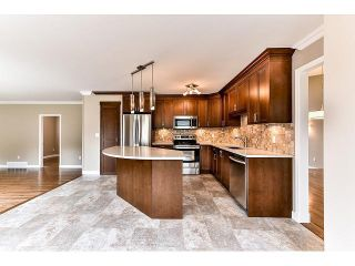 """Photo 8: 15498 91A Street in Surrey: Fleetwood Tynehead House for sale in """"BERKSHIRE PARK area"""" : MLS®# F1435240"""