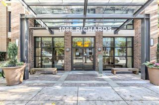 """Photo 23: 617 1088 RICHARDS Street in Vancouver: Yaletown Condo for sale in """"RICHARDS LIVING"""" (Vancouver West)  : MLS®# R2510483"""