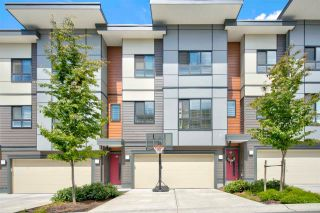 Photo 1: 20 1938 NORTH PARALLEL Road in Abbotsford: Abbotsford East Townhouse for sale : MLS®# R2590370