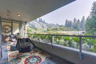 "Photo 11: 302 866 ARTHUR ERICKSON Place in West Vancouver: Park Royal Condo for sale in ""EVELYN"" : MLS®# R2298787"