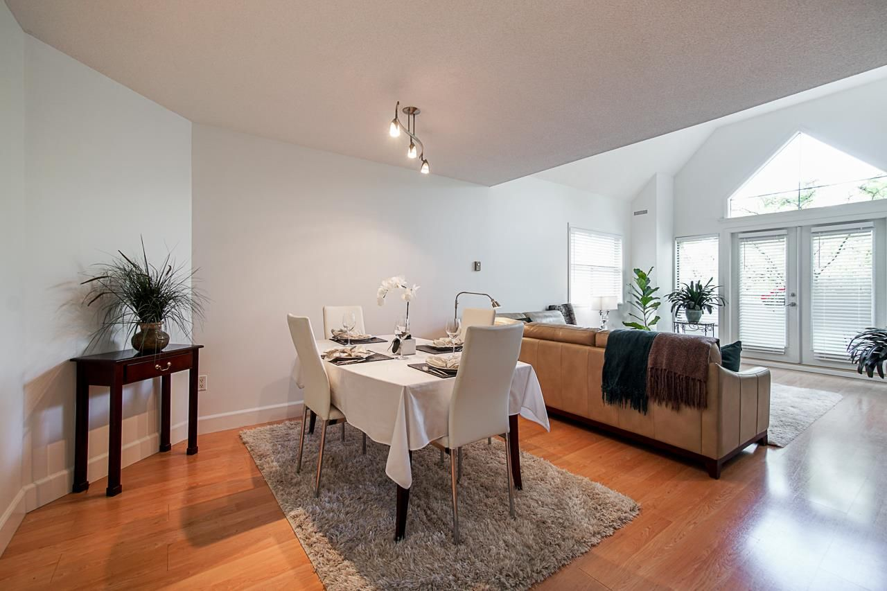 "Main Photo: 311 5250 VICTORY Street in Burnaby: Metrotown Condo for sale in ""PROMENADE"" (Burnaby South)  : MLS®# R2376448"