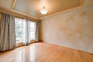 Photo 6: 227 LINDSAY Crescent in Edmonton: Zone 14 House for sale : MLS®# E4265520