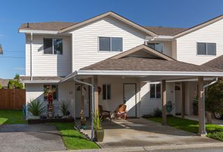 Photo 1: 12 941 Malone Rd in : Du Ladysmith Row/Townhouse for sale (Duncan)  : MLS®# 869206