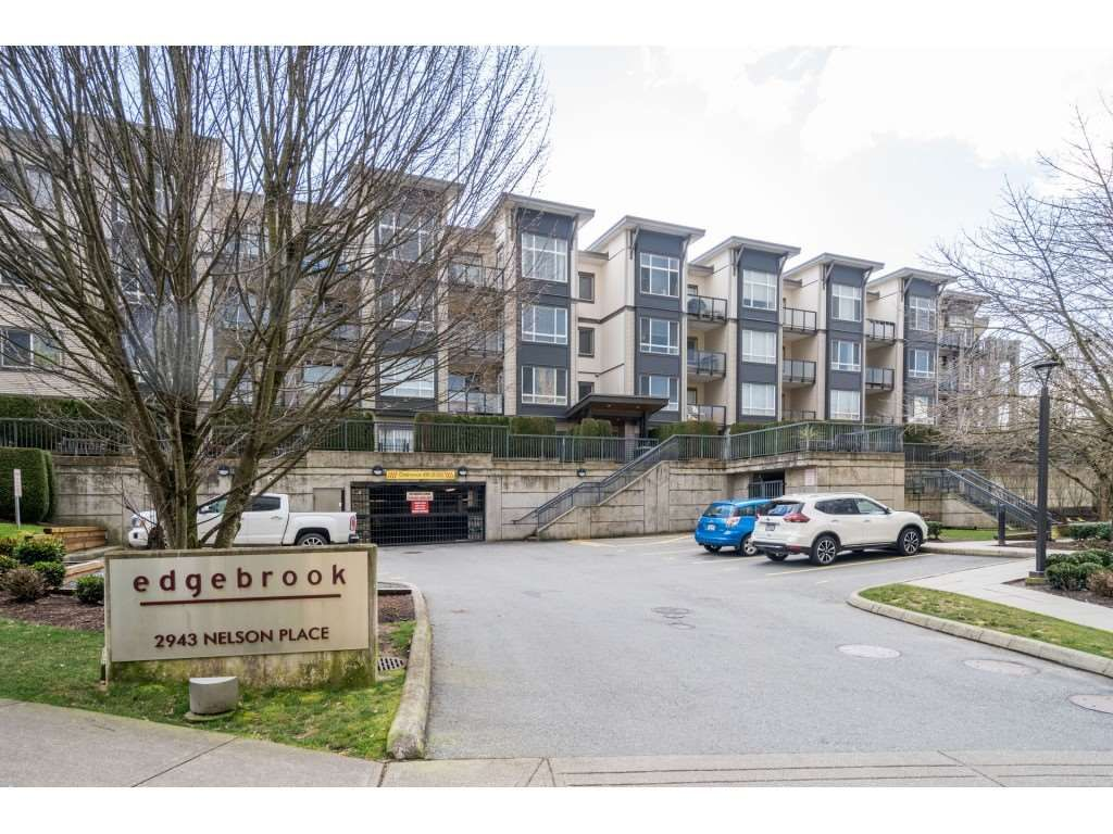 """Main Photo: 119 2943 NELSON Place in Abbotsford: Central Abbotsford Condo for sale in """"Edgebrook"""" : MLS®# R2543514"""