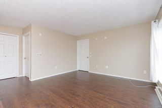 Photo 8: 401 1070 Southgate St in : Vi Downtown Condo for sale (Victoria)  : MLS®# 883761