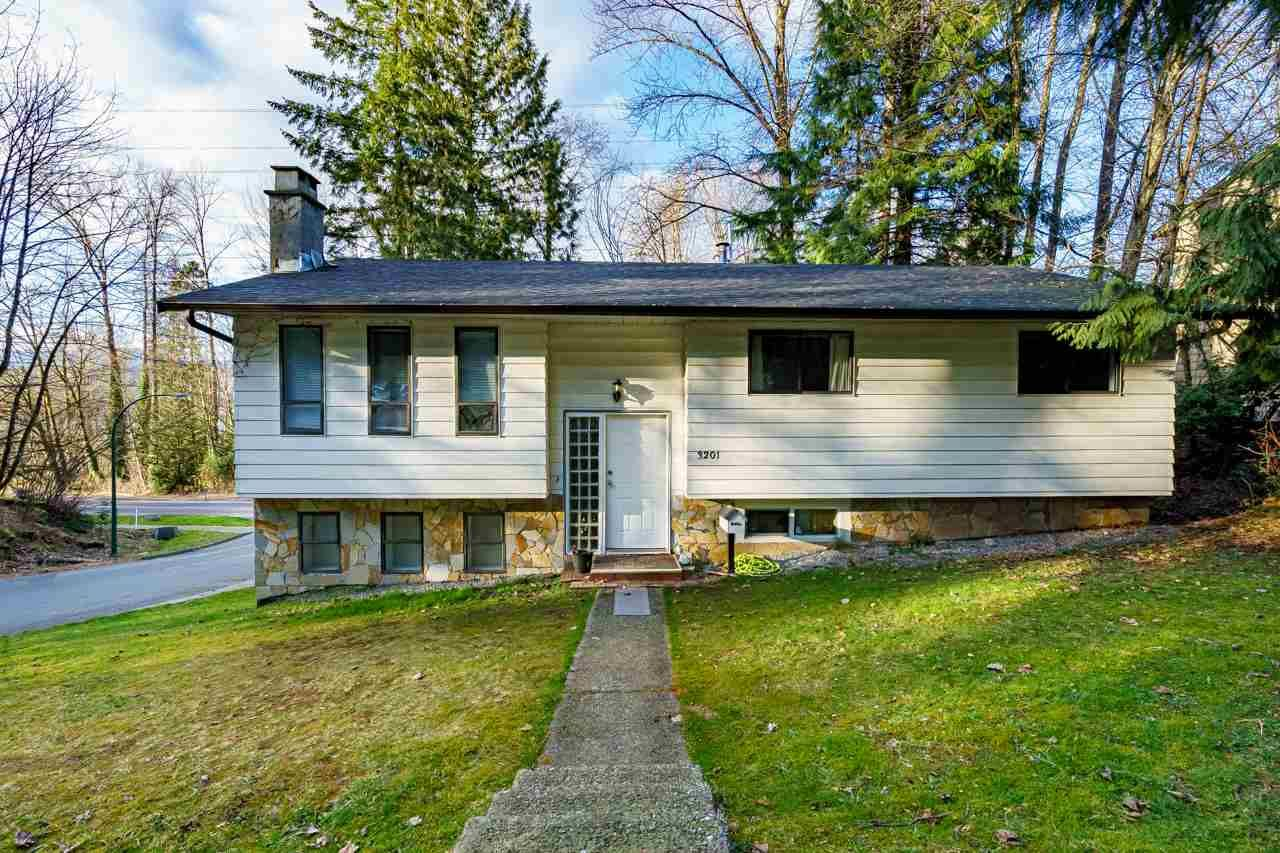 Main Photo: 3201 PIER Drive in Coquitlam: Ranch Park House for sale : MLS®# R2553235