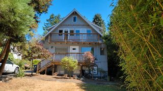 Photo 2: 936 160 Street in Surrey: King George Corridor House for sale (South Surrey White Rock)  : MLS®# R2616756