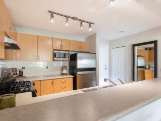 """Photo 25: 408 200 KLAHANIE Drive in Port Moody: Port Moody Centre Condo for sale in """"Salal"""" : MLS®# R2603495"""