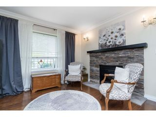 """Photo 3: 5152 223A Street in Langley: Murrayville House for sale in """"Hillcrest"""" : MLS®# R2453647"""
