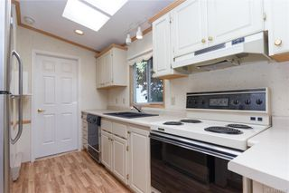 Photo 7: 6 7583 Central Saanich Rd in Central Saanich: CS Hawthorne Manufactured Home for sale : MLS®# 770137