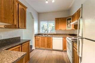 "Photo 10: 117 13895 102 Avenue in Surrey: Whalley Townhouse for sale in ""Wyndham Estates"" (North Surrey)  : MLS®# R2363833"