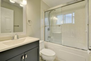 Photo 23: 215 Strathearn Crescent SW in Calgary: Strathcona Park Detached for sale : MLS®# A1146284