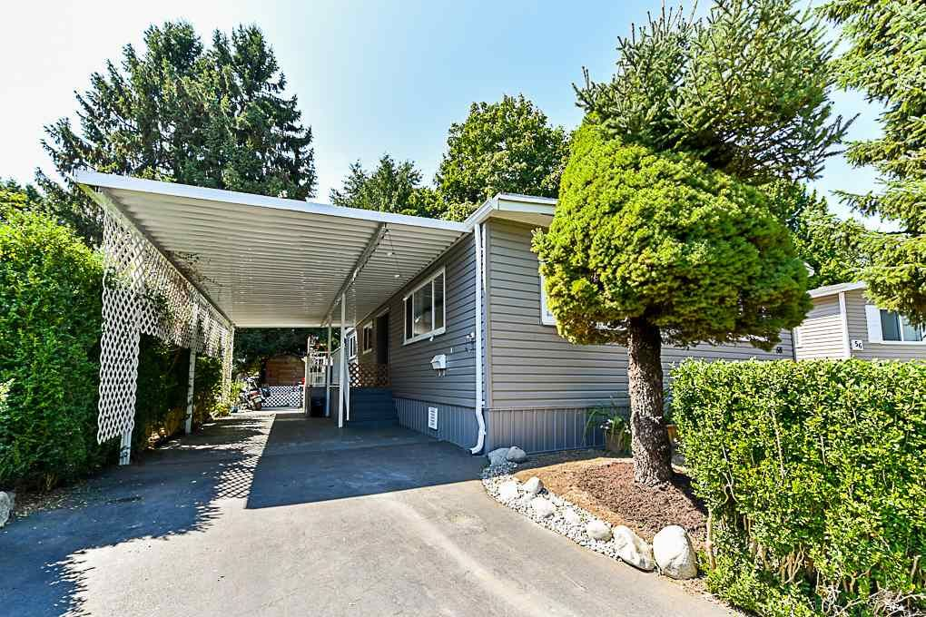 """Main Photo: 58 7790 KING GEORGE Boulevard in Surrey: Bear Creek Green Timbers Manufactured Home for sale in """"CRISPEN BAY"""" : MLS®# R2296609"""