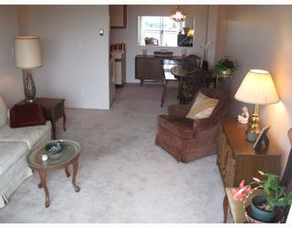 """Photo 3: 305 1550 CHESTERFIELD Avenue in North_Vancouver: Central Lonsdale Condo for sale in """"THE CHESTERS"""" (North Vancouver)  : MLS®# V694298"""