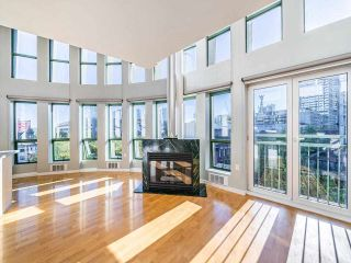 """Photo 5: 503 1 E CORDOVA Street in Vancouver: Downtown VE Condo for sale in """"CARRALL STATION"""" (Vancouver East)  : MLS®# R2583690"""