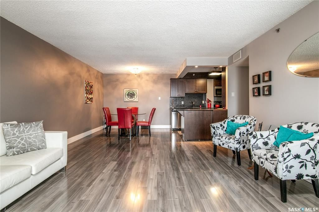 Main Photo: 1108 320 5th Avenue North in Saskatoon: Central Business District Residential for sale : MLS®# SK866397